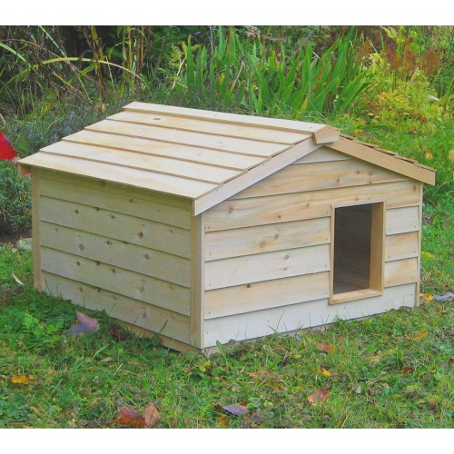 Large Outdoor Cat House For 3 To 4 Feral Cats
